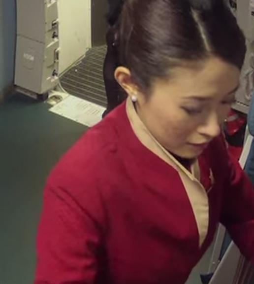 《走进我们的一天》- 机舱服务员篇