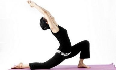瑜伽训练班